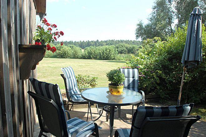 Das gemütlich eingerichtete Ferienhaus ca. 2km von Röbel/Müritz in ruhiger Dorfr
